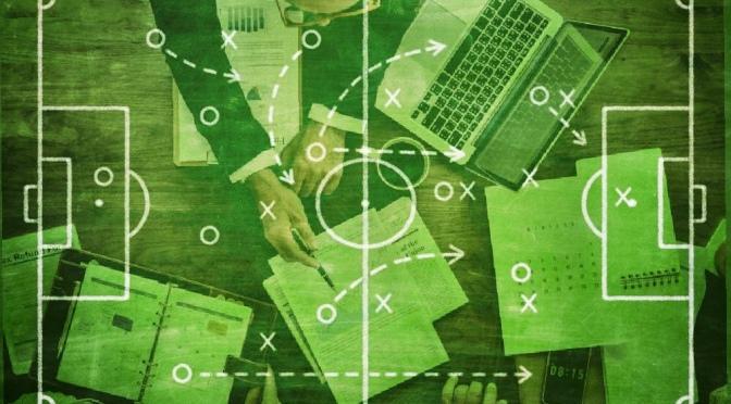 Futbol Oyun Kuralları ve Tip İnşaat Sözleşmelerinin Paralel Evrimleri